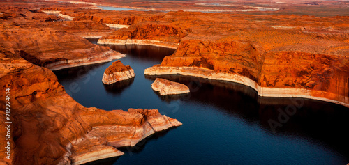 Spoed Foto op Canvas Rood traf. Aerial view of Colorado river Page Arizona