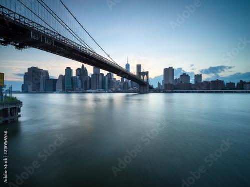 Keuken foto achterwand Amerikaanse Plekken Brooklyn Bridge und Skyline von Manhattan in New York City, USA