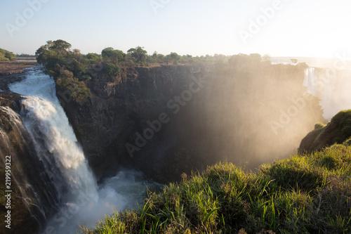 Küchenrückwand aus Glas mit Foto Wasserfalle african waterfall in the mountain