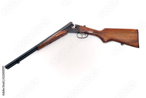 Double Barrel Shotgun with Open Breach Fototapete