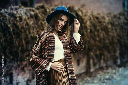 Foto auf Leinwand Gypsy stylish autumn fashion