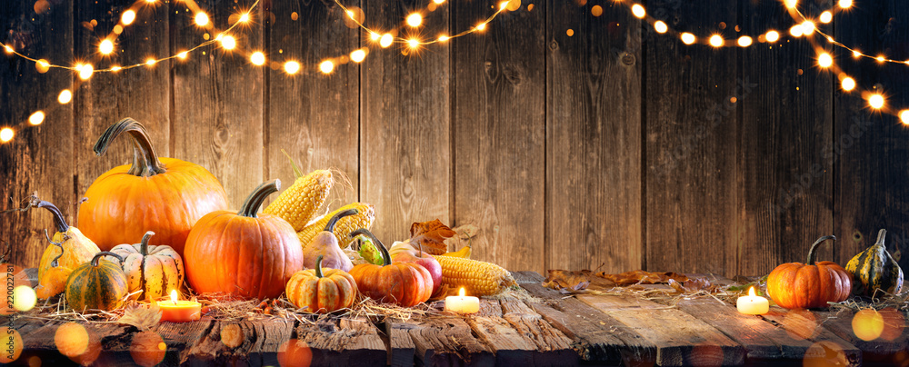Fototapety, obrazy: Thanksgiving With Pumpkins And Corncob On Wooden Table