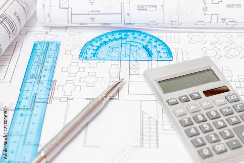 Bau in Planung, Taschenrechner, Stift Canvas Print