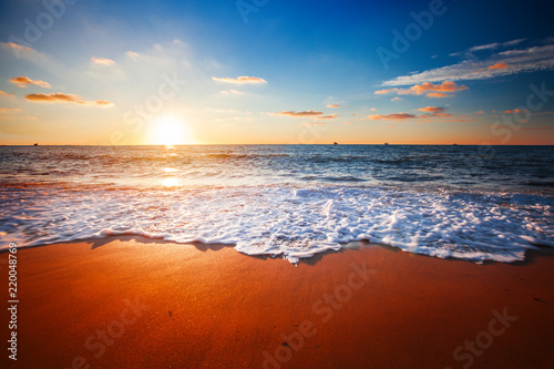 Photo sur Toile Mer coucher du soleil sunset and sea