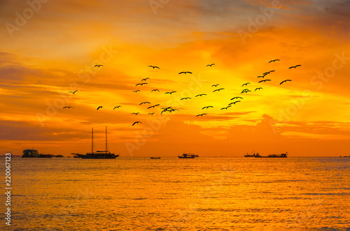 In de dag Schip Beautiful sunset in Pattaya Thailand.
