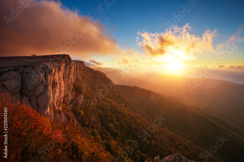 In de dag Ochtendgloren Beautiful mountain landscape in autumn time during sunset. Composition of nature