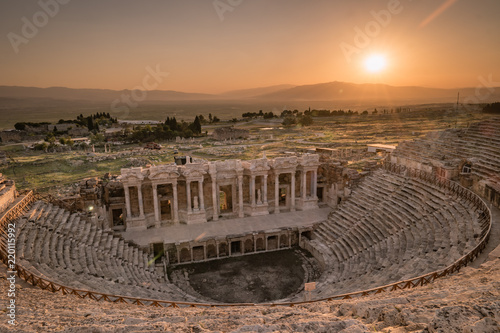 In de dag Zalm Hierapolis ancient city Pamukkale Turkey