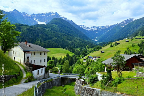 Tuinposter Alpen Austrian Alps-view from Maria Luggau