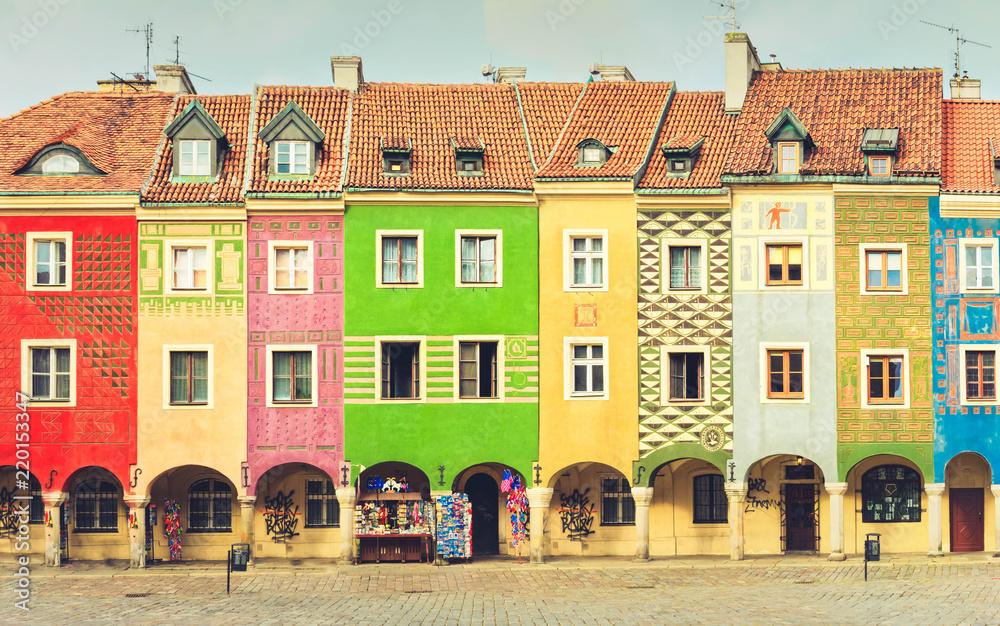 Fototapety, obrazy: Średniowieczne domy na centralnym rynku w Poznaniu
