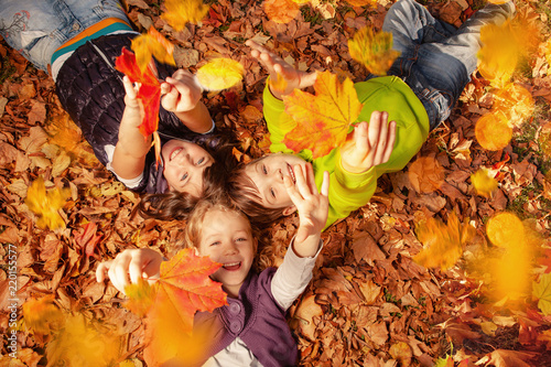 Fotografie, Obraz  happy autumn children