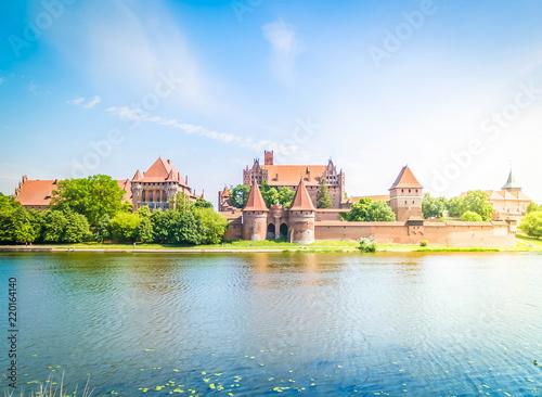 Obraz medieval castle of Teutonic Knights in Malbork, Poland, retro toned - fototapety do salonu