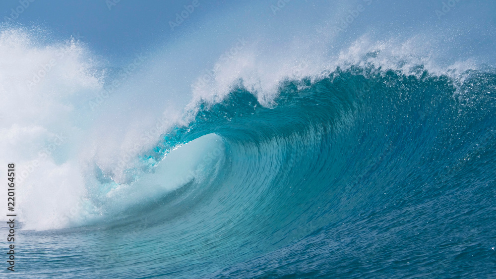Fototapety, obrazy: CLOSE UP: Beautiful deep blue tube wave in the Pacific curls on a sunny day.