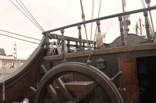 Foto auf AluDibond Schiff wheel of pirate ship