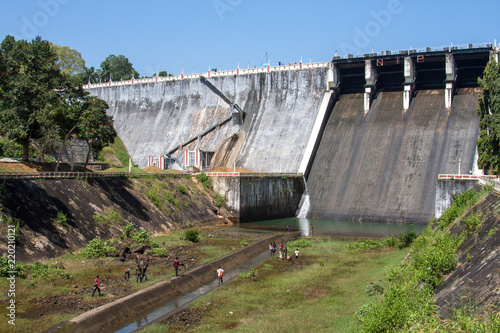 Keuken foto achterwand Dam Bhoothathankettu dam and flood Kerala in India