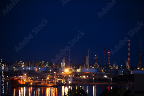 Illuminated petrochemical plant of Port de Bouc
