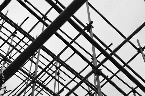 Fotografia silhouette of steel scaffolding