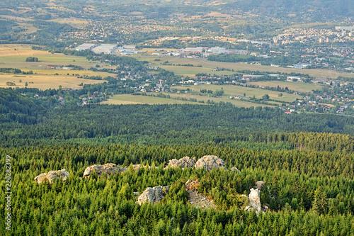 Obraz na plátně  Czech landscape with Virive kameny stones in foreground viewed from Jested hill