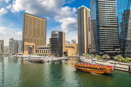 Foto op Plexiglas Chicago Dubai Marina in a summer day