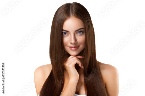 Bautiful hairstyle woman with long brunette beauty helathy hair and skin with na Fototapet