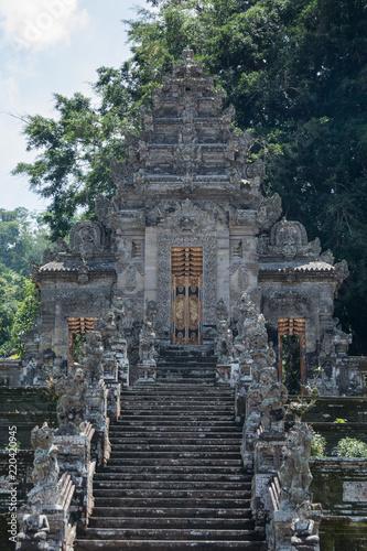 Staande foto Bedehuis temple pura kehan in bali indonesia big stone steps