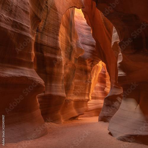 Photo Stands Antelope Antelope Canyon, wonderful sandstones formations, Arizona, USA
