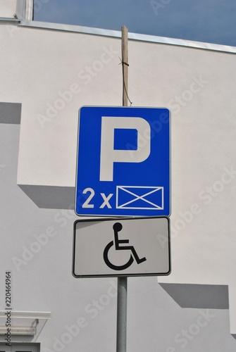 Fotografia, Obraz  Parking dla niepełnosprawnych