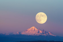 Mountain Baker And Full Moon With Sunset Sky Backgrounds