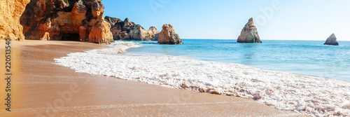 Fototapeta Summer sandy beach (Algarve, Costa Vicentina, Portugal).  Beautiful natural summer vacation travel concept. obraz
