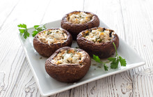 Mushrooms Stuffed With Cheese ...