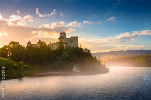 sredniowieczny-zamek-w-niedzicy