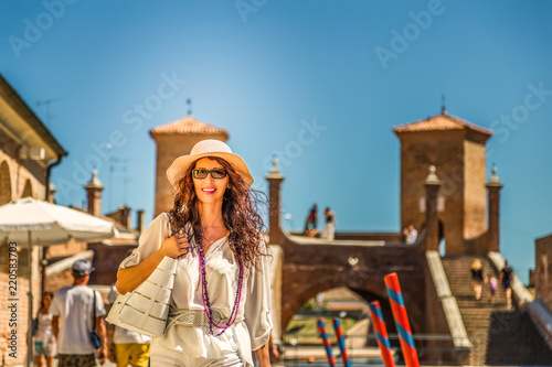 Fototapety, obrazy: Woman going for shopping on vacation