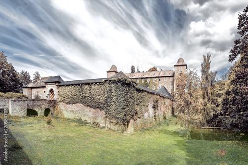 Slika na platnu Burg Schnellenberg in Attendorn