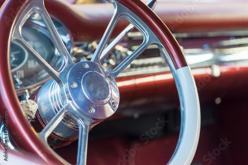 Papiers peints Vintage voitures Lenkrad eine Oldtimer