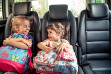 Children In The Car Go To Scho...