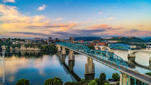 Obraz na plátně  Drone Aerial View of Downtown Chattanooga Tennessee and Tennessee River