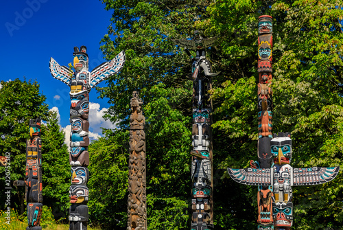 Canvas Print First Nations American Indian totem poles in Stanley Park in Vancouver Canada