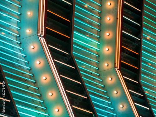 Poster de jardin Las Vegas Neon lighting on the strip