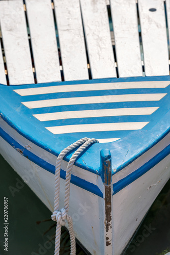 Foto  Blue and White Prow of a Rowing Boat