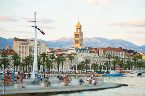Deurstickers Centraal Europa View of the Diocletian's Palace and promenade in Split.