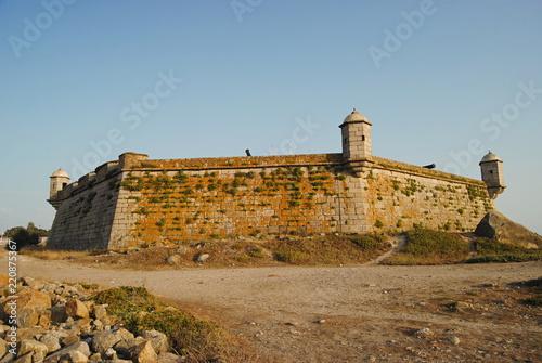 Photo Vista de castelo no litoral norte português - Castelo do Queijo na cidade do Por