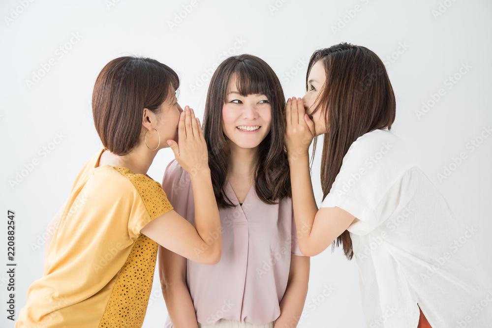 Fototapeta 楽しくおしゃべりする女性