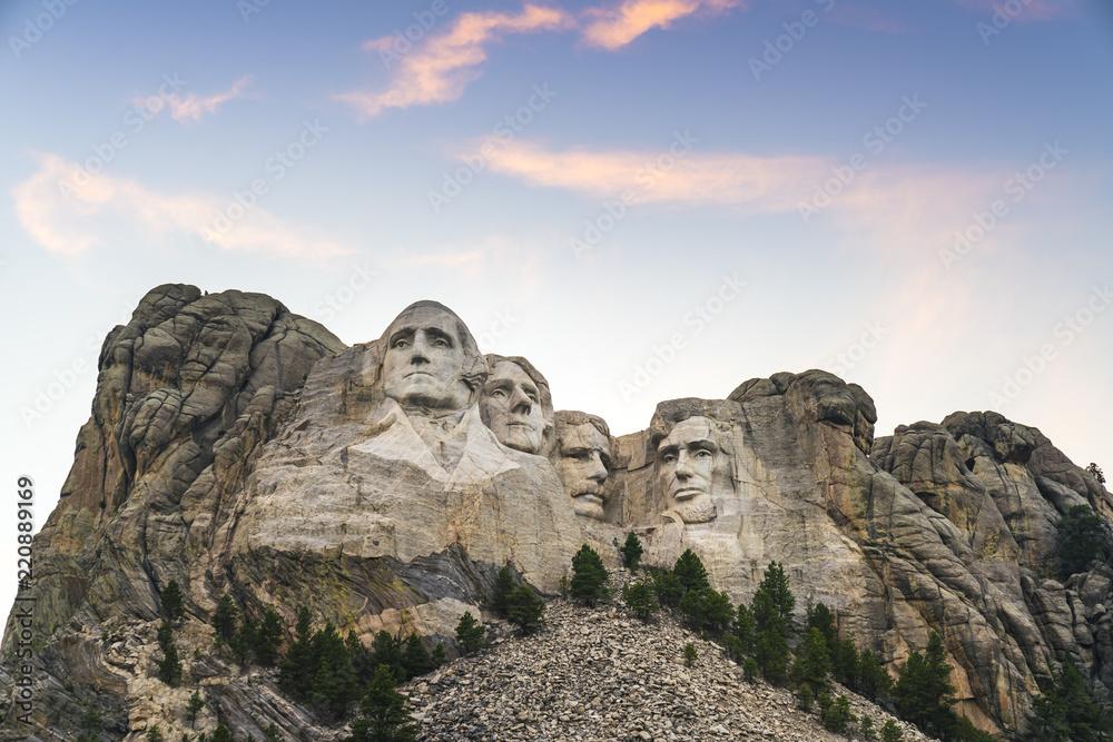 Fototapeta mount Rushmore natonal memorial  at sunset.