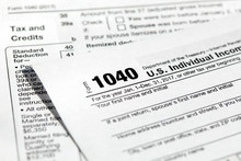 USA Tax Form 1040 For US Indiv...