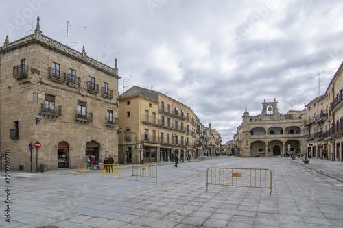 Pueblos de España que merecen ser visitados - Página 4 500_F_220978770_Pt63OixEaNGtxULGj5rV1nTrASbASOrh