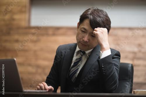 Fotografiet デスクワーク・ミドル男性