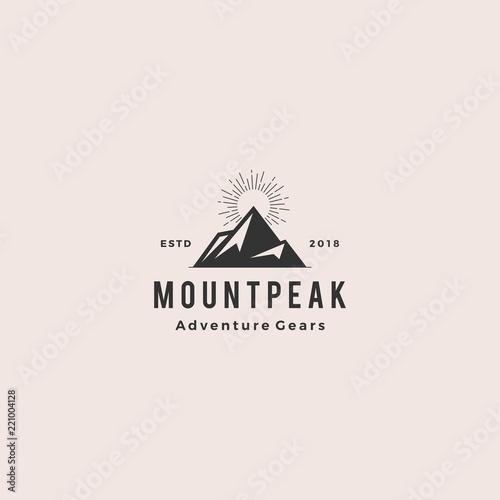 Photo mount peak mountain logo hipster vintage retro vector icon illustration