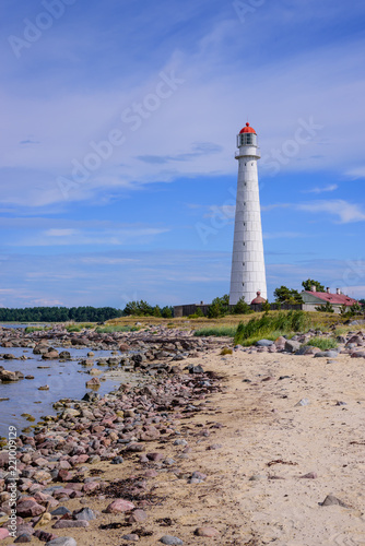 Spoed Foto op Canvas Vuurtoren Sightseeing of Hiiumaa island. Tahkuna lighthouse is a popular landmark and scenic location on the Baltic sea coast, Hiiumaa island, Estonia