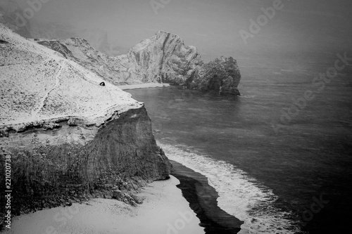 Photo  Durdle Door in the snow