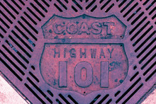 Retro Old Highway 101 Grate In...