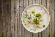 Chicken Coconut Soup (Tom Kha ...